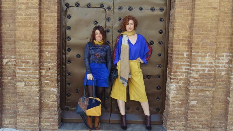 Pantalones azul eléctrico y amarillos, tus nuevos básicos