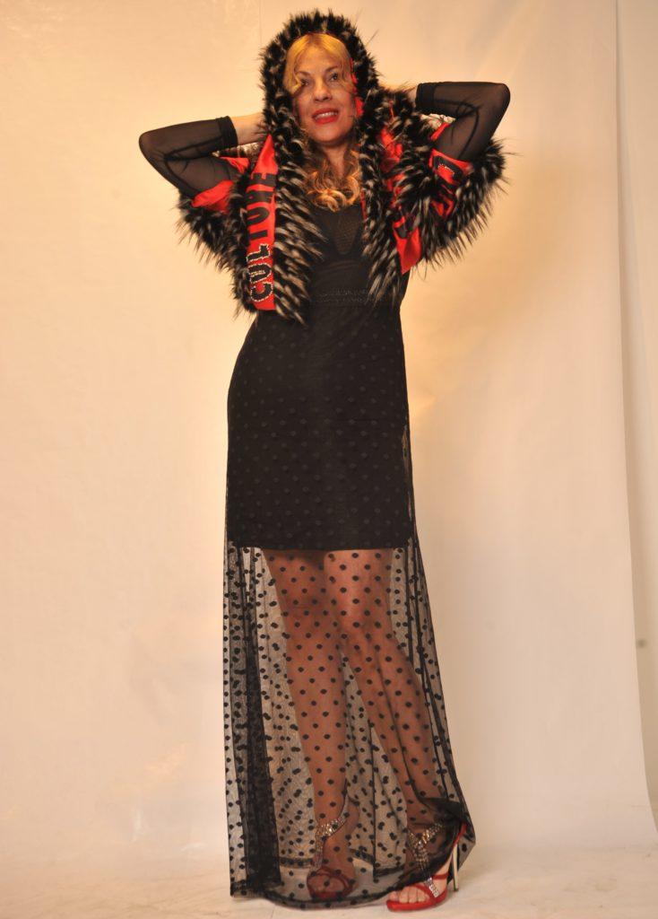 Vestido negro largo tul plumeti